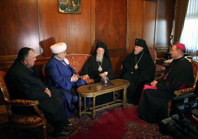 Azeri din adamları Bartholomeos'u ziyaret etti