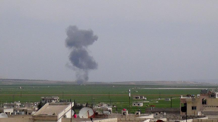 Suriyeli muhalifler uçak düşürdü | VIDEO