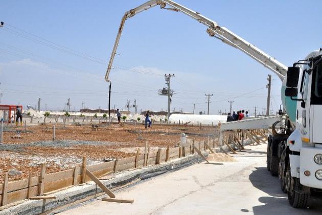 Çadır kente tam donanımlı hastane