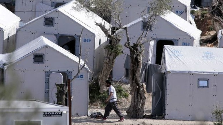 Mültecilerin Türkiye'ye iadesi durdu