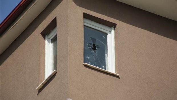 Hücre evindeki PKK'lılar canlı bomba çıktı