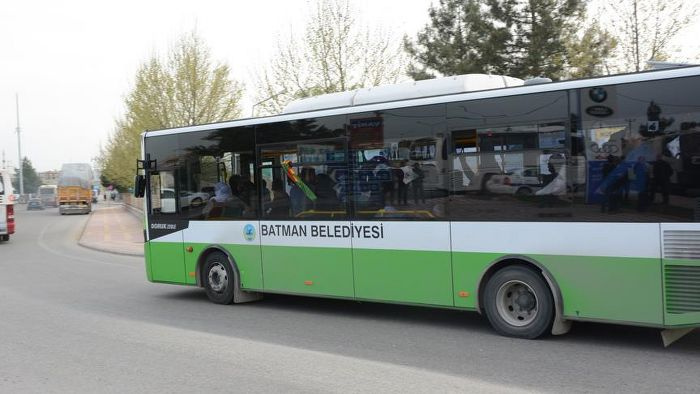 Belediye otobüsleri 'terörist' cenazesinde