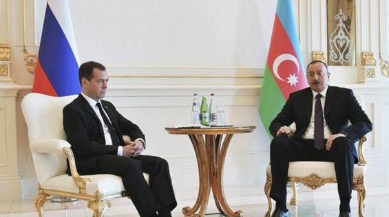 Medvedev çatışma sonrası Azerbaycan'da