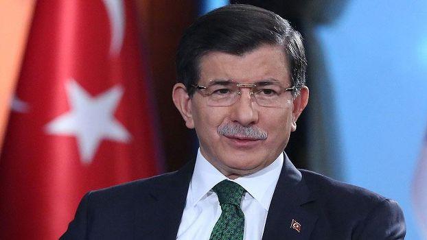 Öğrencilerden Davutoğlu'na zor sorular