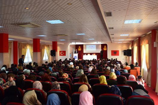 Arnavutluk'ta Kutlu Doğum etkinliği