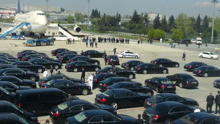 Kral Selman İİT zirvesi için İstanbul'da
