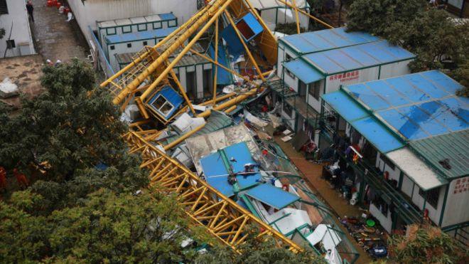 Çin'de vinç kazası: 18 ölü