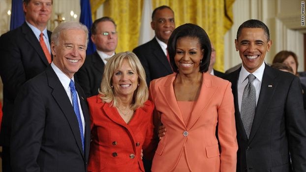 Obama ve eşi aylık 36 bin dolar kazanmış