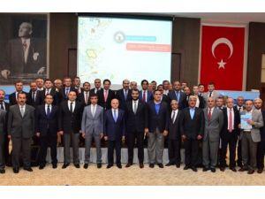 Kırşehir'de 'yerel yönetimler çalıştayı' başladı