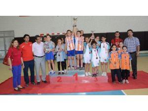 Okullararası Minikler Masa Tenisi Turnuvası sona erdi