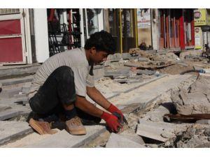 Suriyelilerle kayıt dışı istihdam patladı; sanayici hükümetten çözüm bekliyor