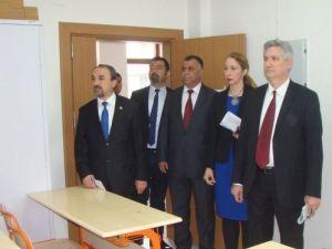 Rektör Prof. Dr. Kibar, Teknik Bilimler Meslek Yüksekokulu'nu ziyaret etti