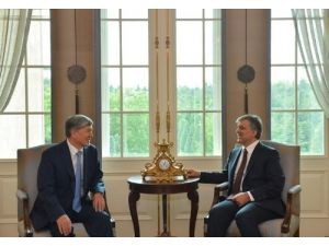 Gül, Kırgız Cumhurbaşkanı'nı ağırladı
