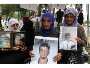 PKK'dan çocuklarını isteyen annelerden Demirtaş'ın sözlerine tepki