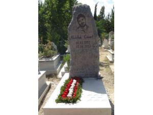 Gezi Parkı protestolarında vefat eden Abdullah Cömert için anıt mezar yaptırıldı