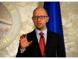 Ukrayna: Türkiye boğazlardan LNG sevkiyatı talebimize yanıt vermedi