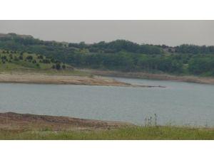 Havalimanı inşaatındaki göl suları Karadeniz'e boşaltılıyor