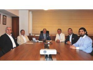 Tıbbi malzeme üreticileri ihalelerde yerli firmalara destek istiyor