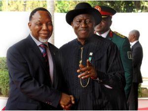 10 general, Boko Haram'a yardımdan suçlu bulundu iddiası