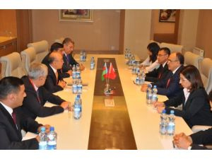Atalay, Azeri Bakan Heydarov ile bir araya geldi