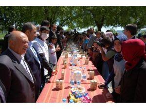 Tatvan'da 13. Uluslararası Lösemili Çocuklar Haftası kutlandı