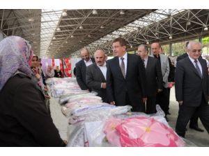 Başkan Çetin, kermes açılışına katıldı