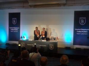 İstanbul Başakşehirspor, Avcı ile 5 yıllık sözleşme imzaladı
