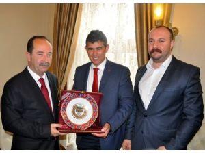 Metin Feyzioğlu Edirne Belediyesi'ni ziyaret etti