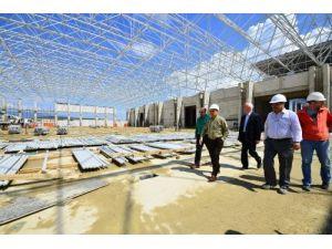 Başkan Kocaoğlu yeni fuar alanı inşaatını denetledi