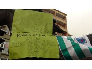 Karsspor taraftarları stadyum için imza kampanyası başlattı