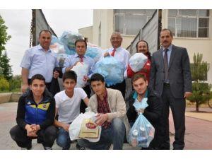 MYO öğrencileri Dünya Çevre Günü'nde atık topladı
