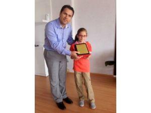 Gonca dergisinin resim yarışmasında Türkiye üçüncüsü Antalya'dan