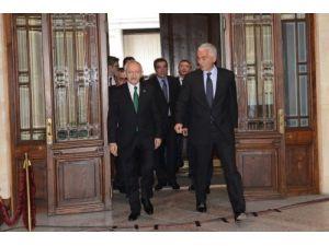 Kılıçdaroğlu: Aynı duyarlılığı siyasetçilerin de göstermesini isteriz