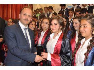 Özel Ergin Koleji 16. dönem mezunlarını verdi