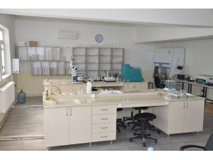 Kırşehir'de bitki hastanesi laboratuvarı hizmete girdi