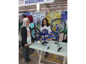Orhangazili öğrenciler bilim şenliğinde projelerini sergiledi