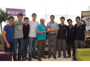 Öğrencilerden Somalı arkadaşlarına 12 bin liralık yardım
