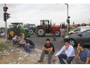 Diyarbakır'da bu kez çiftçiler yol kapatı