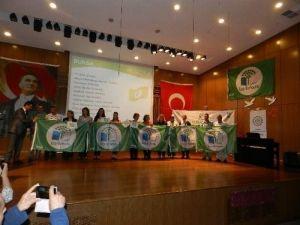 Mustafakemalpaşa'da yeşil bayrak sevinci