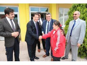 Özel sporculardan Belediye Başkanı Haluk Şahin Yazgı'ya ziyaret