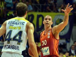 Fenerbahçe Ülker: 74 - Galatasaray Liv Hospital: 73
