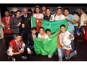 INESPO çevre olimpiyatında dereceye giren öğrenciler ödüllendirildi