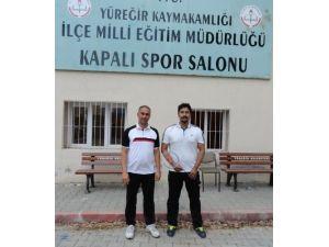 Adana Badminton Karması Sakarya'ya gitti