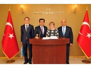Finlandiya Büyükelçisi yatırım fırsatların görmek için Mersin'de