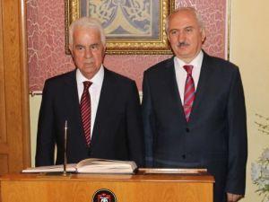 Cumhurbaşkanı Eroğlu: Güçlü Türkiye, müzakere masasında elimizi güçlendir