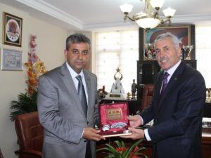 Mustafa Kemal Üniversitesi Rektörü'nden Başkan Toksoy'a ziyaret