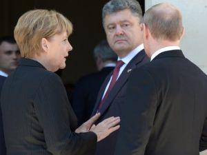 Ukrayna krizi sonrası Putin ilk kez Obama ile görüştü