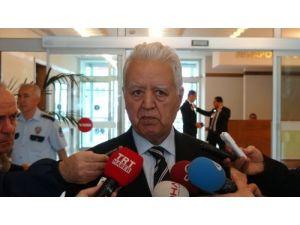 Loğoğlu: CHP'nin cumhurbaşkanı adayı belli olmadı