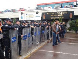 CHP'li Tekin: Kentsel dönüşüm adı altında insanları sürgüne tabi tutuyorlar