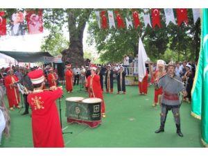 52.Mut Karacaoğlan Kayısı Kültür ve Sanat Festivali başladı
